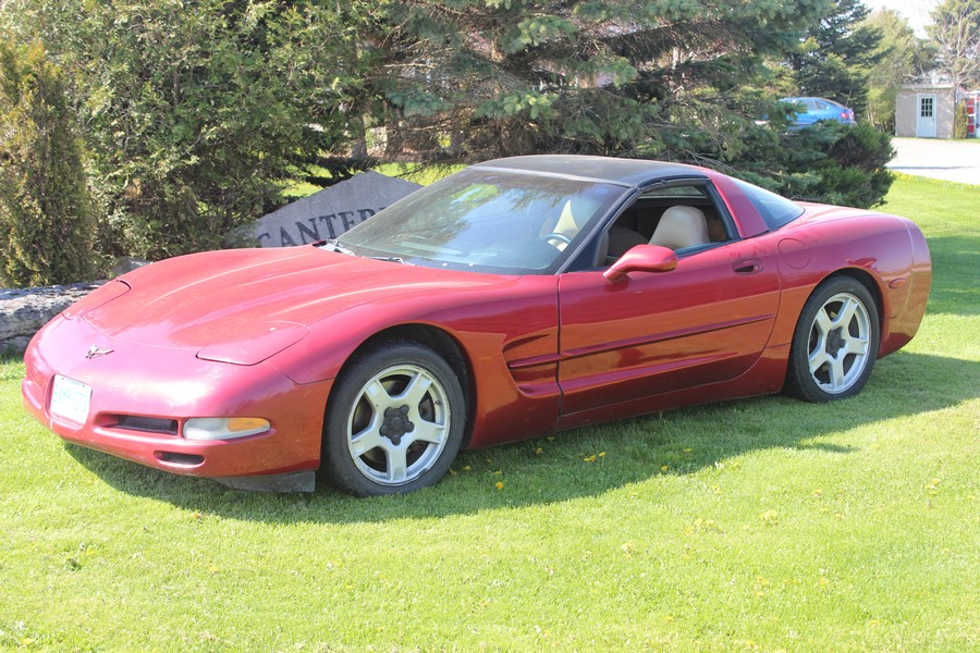 2016-bksuperauction-spring-1999-corvette-001