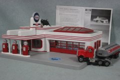 3-BK-SuperAuction-2012-Esso-Imperial-008.jpg