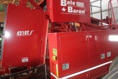 2015-bksuperauction-fa-4210t-bale-baron-005.jpg