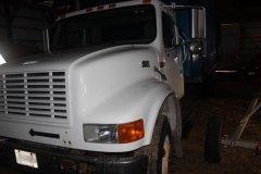 2015-bksuperauction-fa-international-cattle-truck-002.jpg