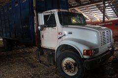 2015-bksuperauction-fa-international-cattle-truck-008.jpg