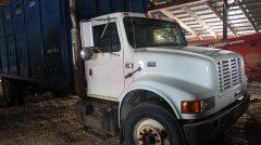 2015-bksuperauction-fa-international-cattle-truck-009.jpg