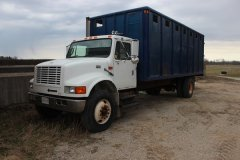 2015-bksuperauction-fa-international-cattle-truck-020.jpg