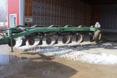 2015-bksuperauction-fa-john-deere-2700-plough-004.jpg