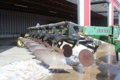 2015-bksuperauction-fa-john-deere-2700-plough-005.jpg