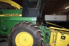 2015-bksuperauction-fa-jd-6850-forage-harvester-005.jpg