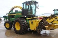 2015-bksuperauction-fa-jd-6850-forage-harvester-013.jpg