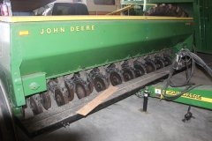 2015-bksuperauction-fa-john-deere-8350-seed-drill-003.jpg