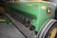 2015-bksuperauction-fa-john-deere-8350-seed-drill-004.jpg