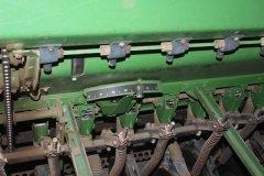 2015-bksuperauction-fa-john-deere-8350-seed-drill-010.jpg