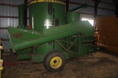 2015-bksuperauction-fa-john-deere-hammer-mill-001.jpg