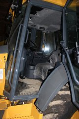 2015-bksuperauction-fa-nortrax-loader-004.jpg