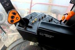 2015-bksuperauction-fa-2388-ih-combine-005.jpg