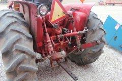 2015-bksuperauction-fa-484-ih-tractor-005.jpg