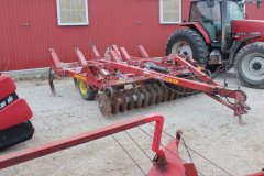 2015-bksuperauction-fa-sunflower-chisel-plow-002.jpg